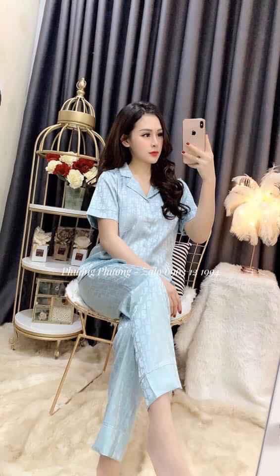 Gợi ý 8 shop chuyên sỉ lẻ quần áo hotgirl ở Hà Nội Đẹp, Rẻ, Chất Lượng Nhất