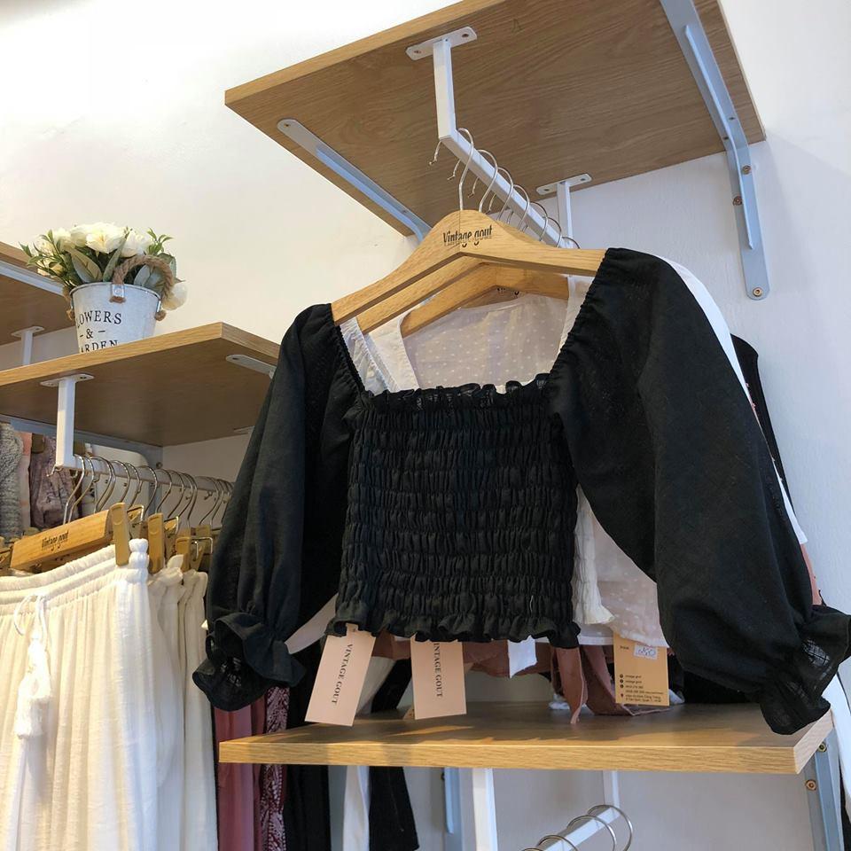 áo trễ vai mang phong cách đơn giản và vintage
