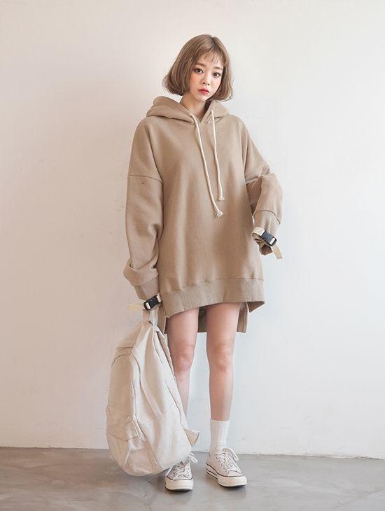 phối đồ với áo khoác nữ trẻ trung