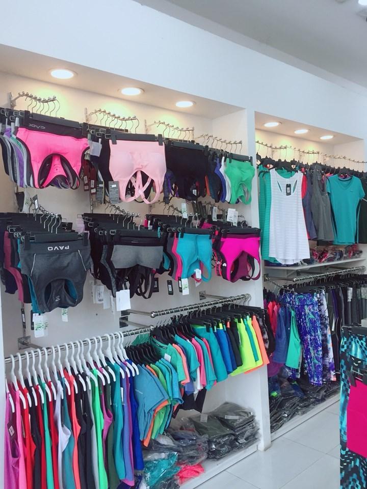 cửa hàng đồ thể thao nữ