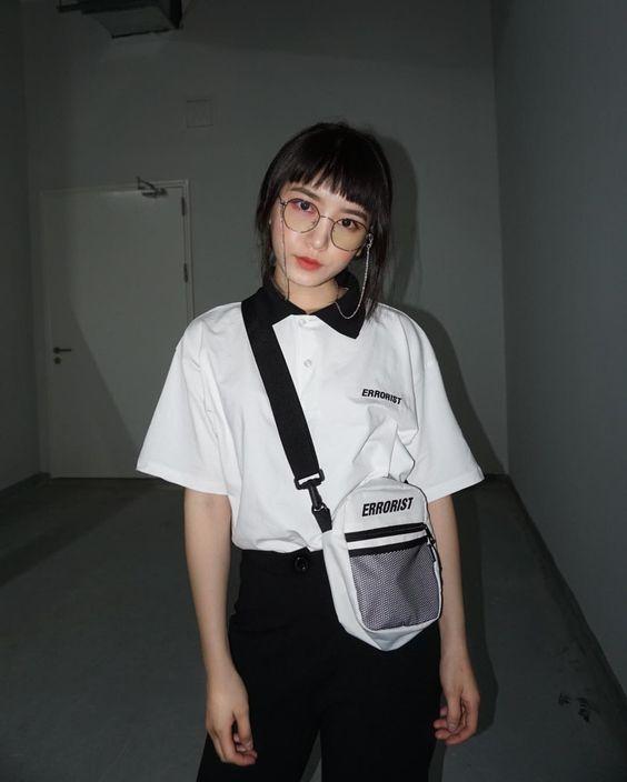 cách phối đồ với túi đeo chéo