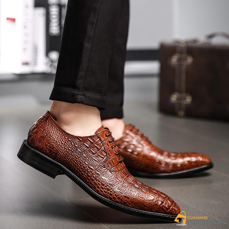 giày tây chất liệu da cá sấu