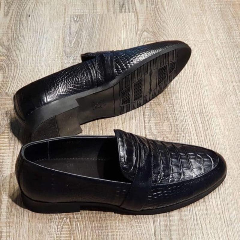 giày tây lười da cá sấu