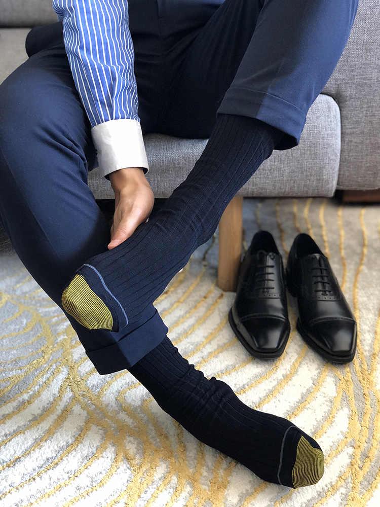 cách chọn tất cho giày sneaker đẹp