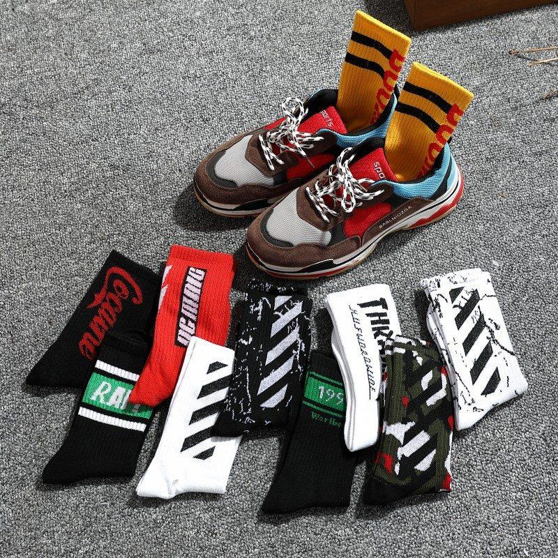 cách chọn tất cho giày sneaker