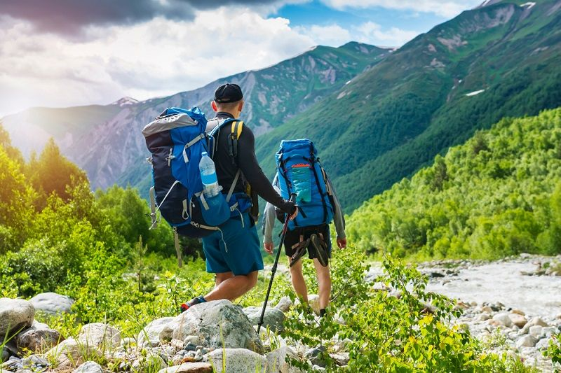 leo núi mặc gì thẩm mỹ