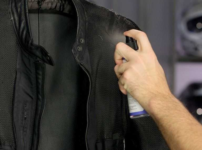 Hướng Dẫn Cách Giặt & Bảo Quản Áo Da Như Mới Tại Nhà